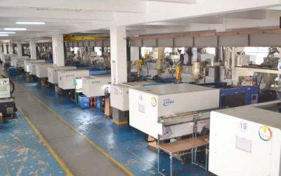 Plastic injection machines workshop