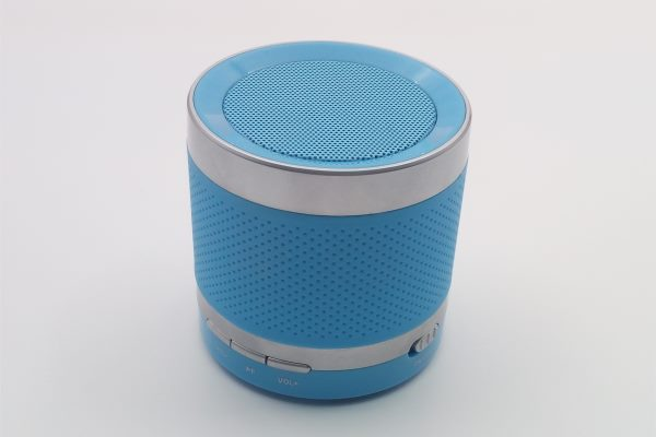 How is a bluetooth speaker made?